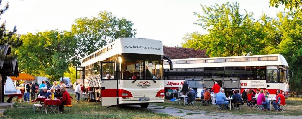 Treffen-Hotelbus